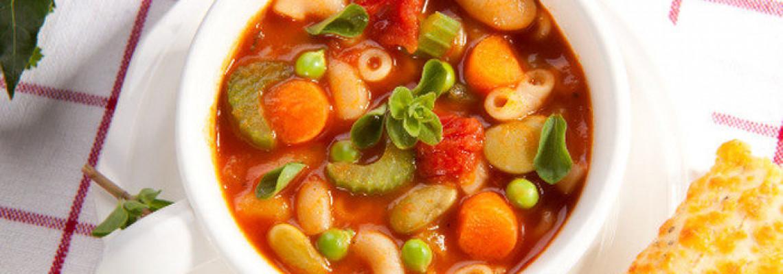 Суп мінестроне з фруктами